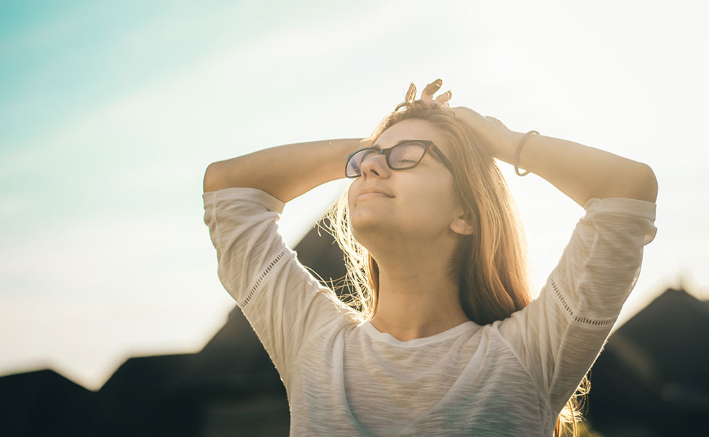استرس کاری چیست؟ (5 راه حل کاهش استرس شغلی)