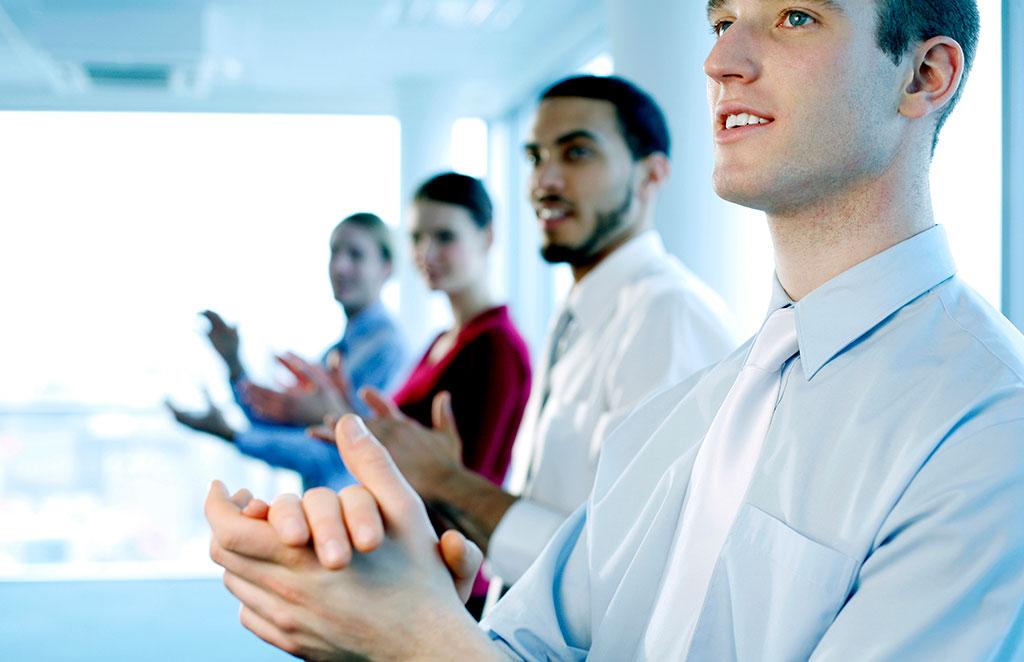 چگونه می توان یک مدیر موفق شد؟ (12 اقدام کلیدی مدیریت موفق)